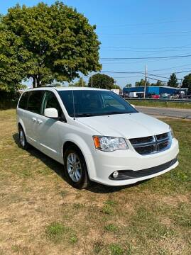 2019 Dodge Grand Caravan for sale at CItywide Auto Credit in Oregon OH