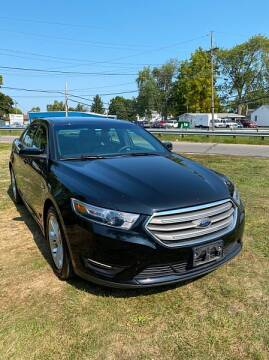 2017 Ford Taurus for sale at CItywide Auto Credit in Oregon OH