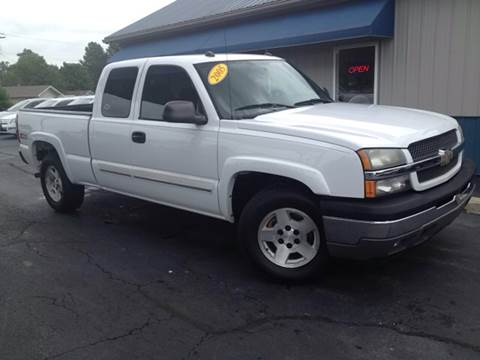 2005 Chevrolet Silverado 1500 for sale at Allen Motor Company in Eldon MO