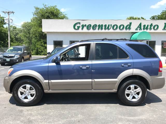 2006 Kia Sorento for sale at Greenwood Auto Plaza in Greenwood MO
