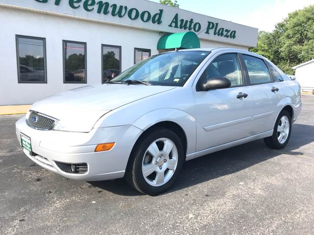 2006 Ford Focus for sale at Greenwood Auto Plaza in Greenwood MO