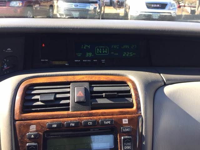 2004 Toyota Avalon XLS 4dr Sedan w/Bucket Seats - Greenwood MO