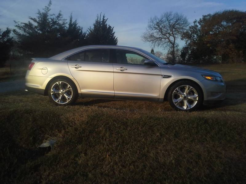 Ford Taurus For Sale At Cavender Motors In Van Alstyne Tx