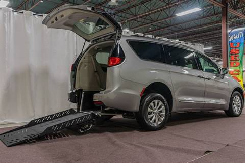 2017 Chrysler Pacifica for sale in Hudson, NH