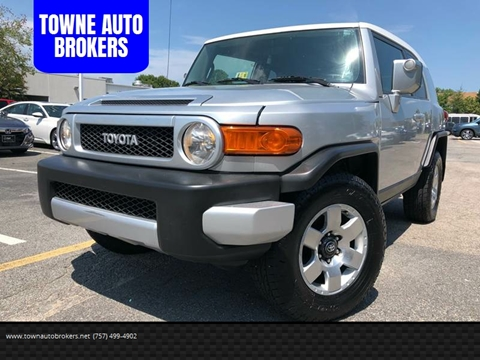 2007 Toyota FJ Cruiser for sale at TOWNE AUTO BROKERS in Virginia Beach VA