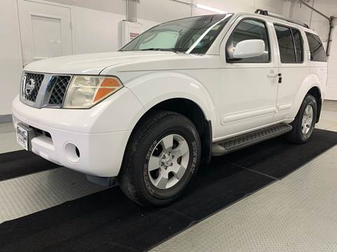 2006 Nissan Pathfinder for sale at TOWNE AUTO BROKERS in Virginia Beach VA