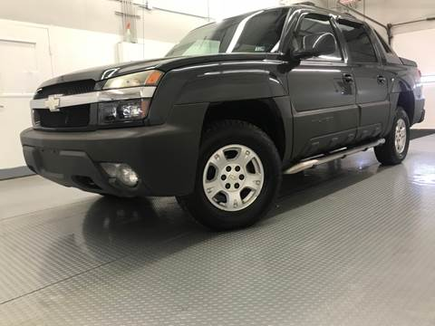 2003 Chevrolet Avalanche for sale at TOWNE AUTO BROKERS in Virginia Beach VA