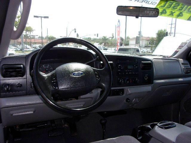 2005 Ford F-350 Super Duty 4dr Crew Cab XLT 4WD LB - Norco CA