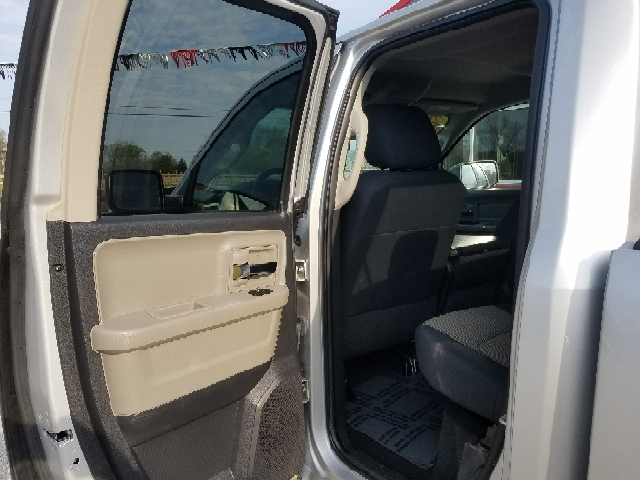 2009 Dodge Ram Pickup 1500 for sale at MAIN STREET AUTO SALES INC in Austin IN