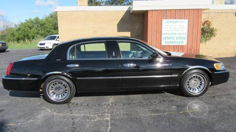 2001 Lincoln Town Car for sale in Waldo, WI