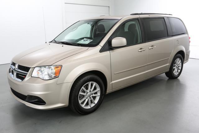 2014 Dodge Grand Caravan SXT 4dr Mini-Van - Grand Rapids MI