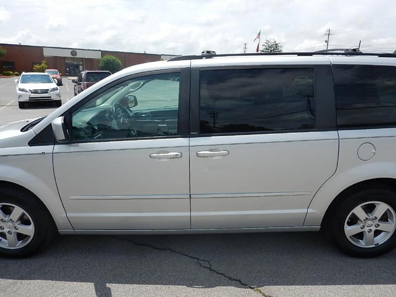 2010 Dodge Grand Caravan for sale at Carl's Auto Incorporated in Blountville TN