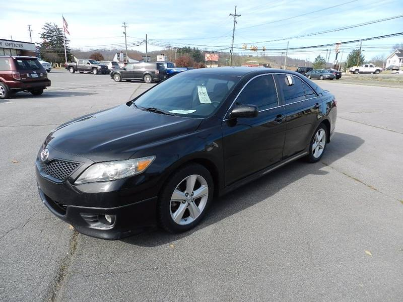2010 TOYOTA CAMRY SE black this 2010 camry has had more than 1-owner and was recently purchased i
