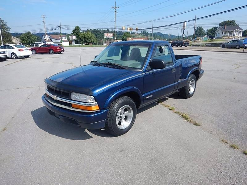 1999 Chevrolet S-10 for sale at Carl's Auto Incorporated in Blountville TN