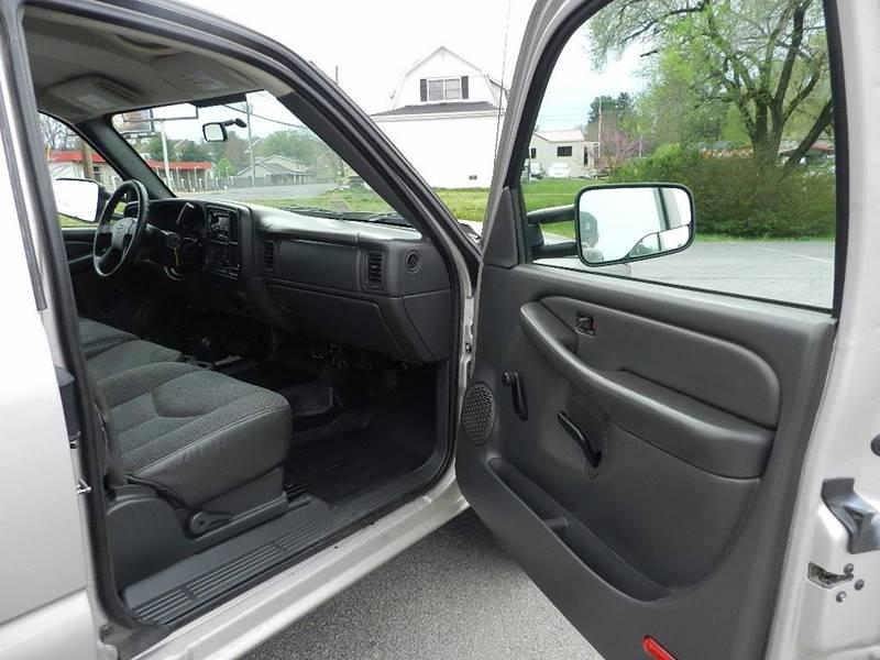 2007 Chevrolet Silverado 2500HD Classic for sale at Carl's Auto Incorporated in Blountville TN