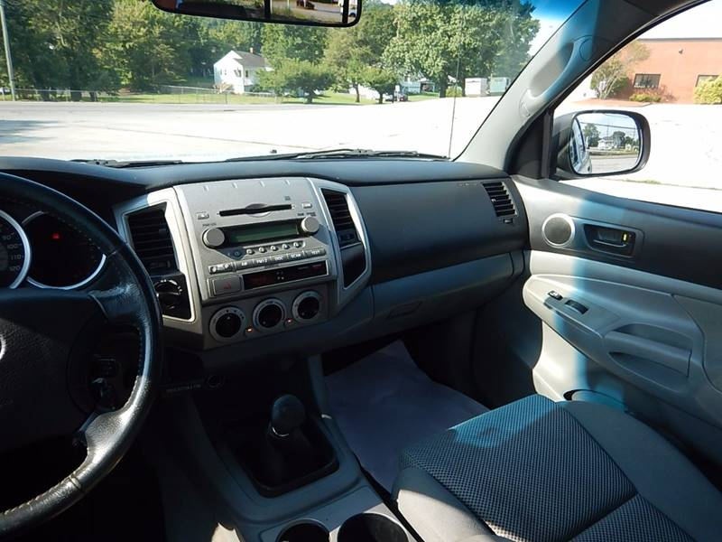 2006 Toyota Tacoma for sale at Carl's Auto Incorporated in Blountville TN