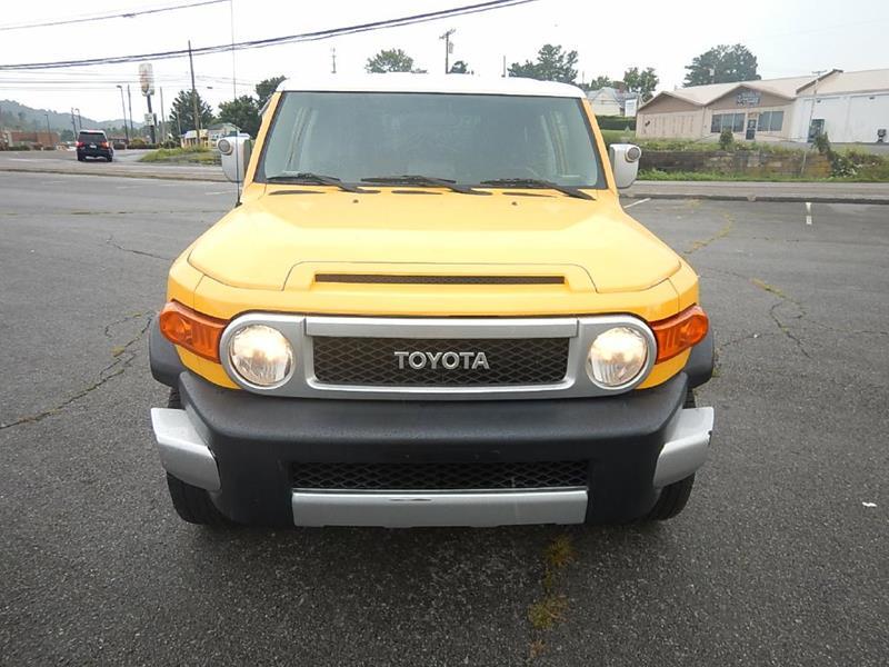 2007 Toyota FJ Cruiser for sale at Carl's Auto Incorporated in Blountville TN
