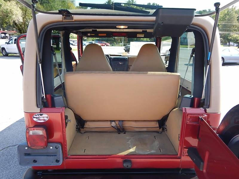 1998 Jeep Wrangler for sale at Carl's Auto Incorporated in Blountville TN