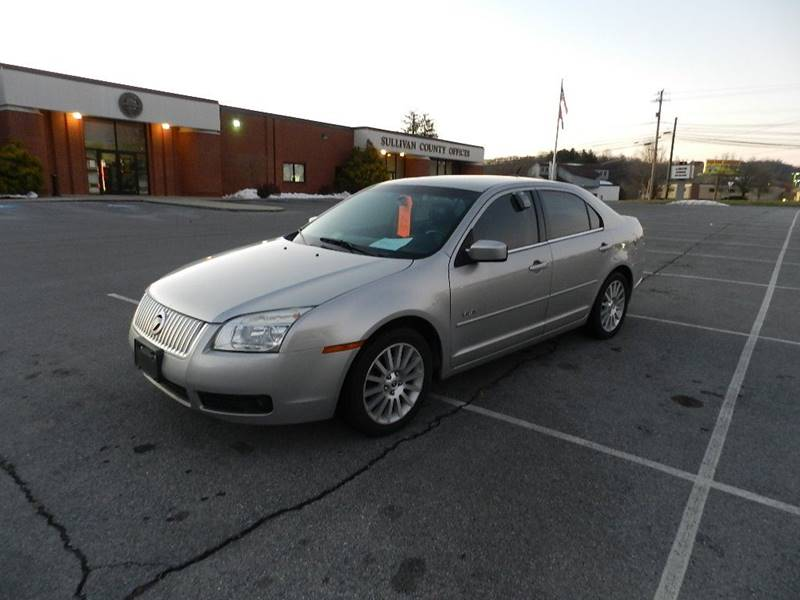 2007 MERCURY MILAN V6 PREMIER silver the front windshield is in excellent condition  the paint h