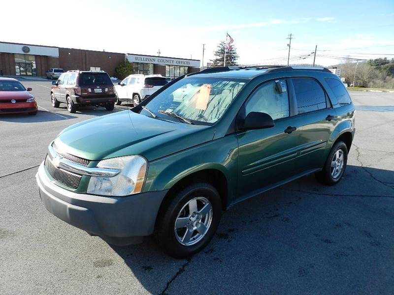 2005 CHEVROLET EQUINOX LS green the front windshield is in excellent condition  the paint is in