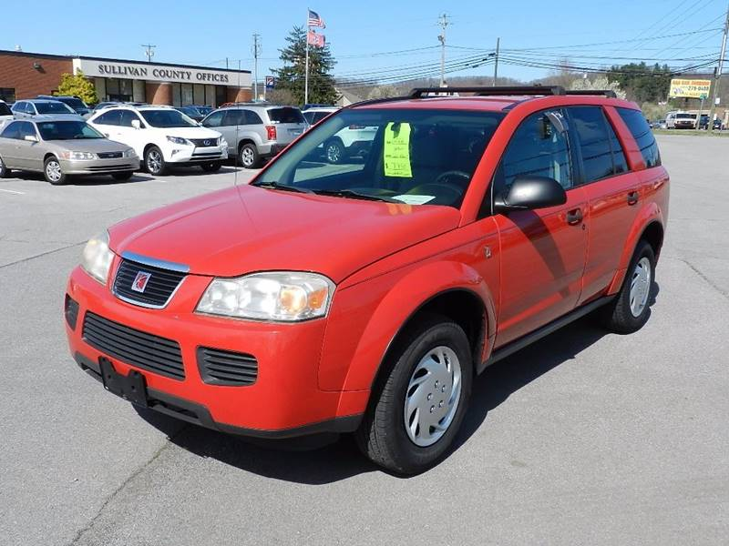 2006 SATURN VUE BASE red the front windshield is in excellent condition    the paint is in great