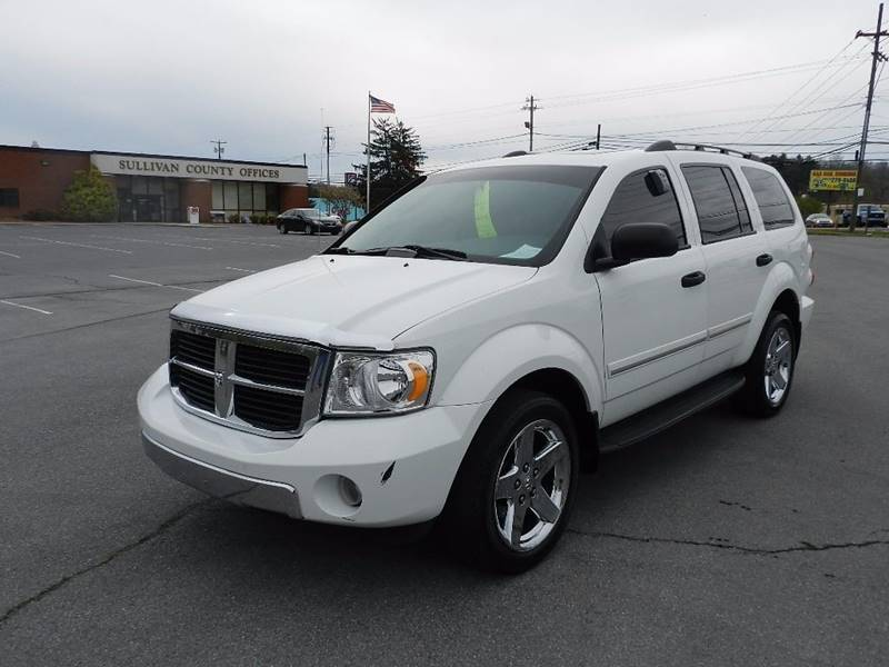 2007 DODGE DURANGO LIMITED white the front windshield is in excellent condition  the paint has s