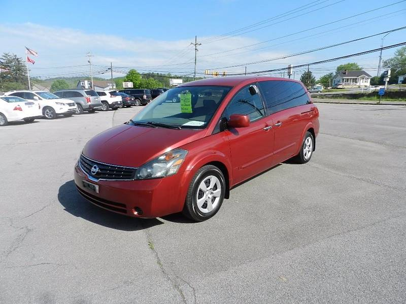 2007 NISSAN QUEST 35 S red the front windshield is in excellent condition  the paint is in grea