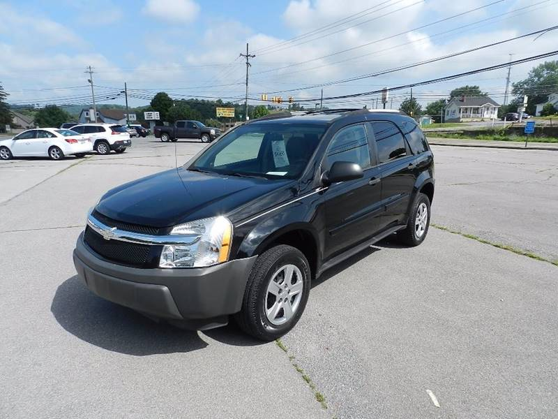 2005 CHEVROLET EQUINOX LS 4DR SUV black the front windshield is in excellent condition  the pain
