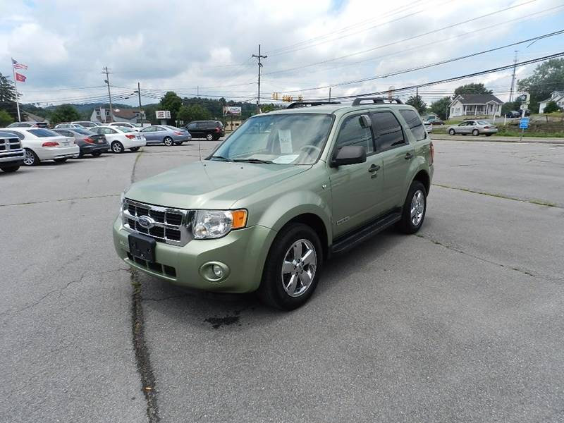2008 FORD ESCAPE XLT AWD 4DR SUV V6 green the front windshield is in excellent condition    some