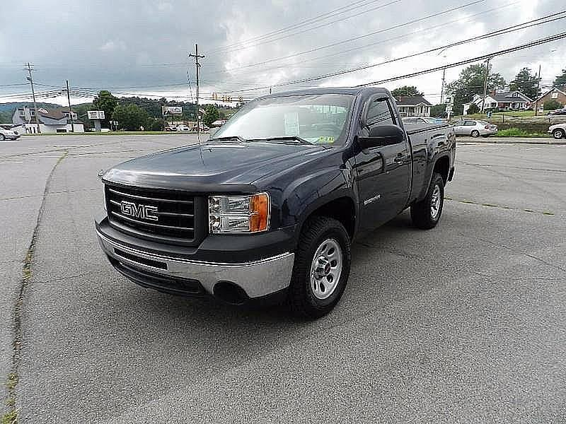 2012 GMC SIERRA 1500 WORK TRUCK 4X4 2DR REGULAR CAB 6 blue bumper detail - rear step pickup bed
