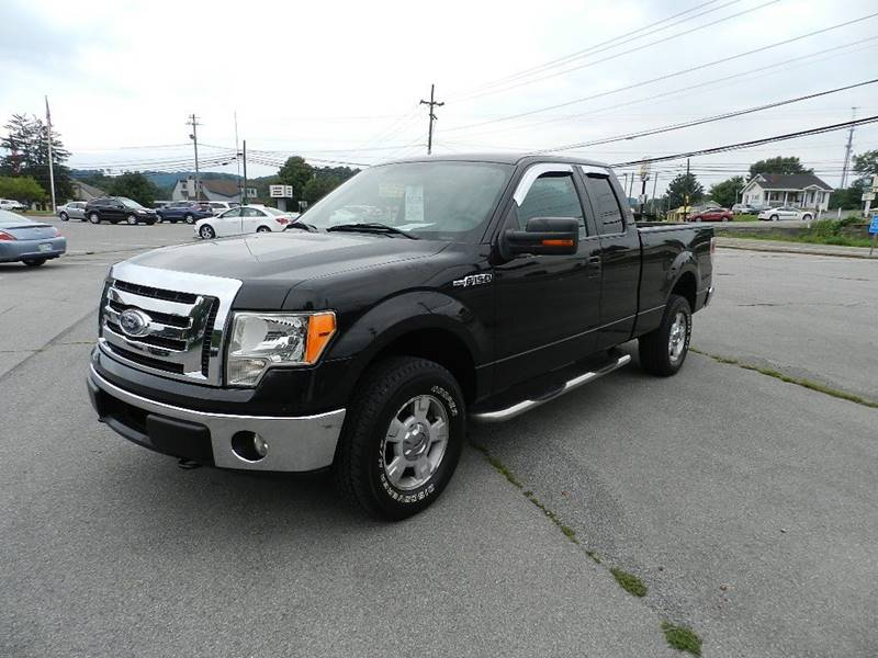 2010 FORD F-150 XLT 4X4 4DR SUPERCAB STYLESIDE 6 black the front windshield is in excellent condi