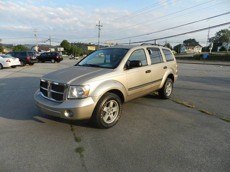 2008 DODGE DURANGO SLT 4DR SUV 4WD gold the front windshield is in excellent condition  the pain