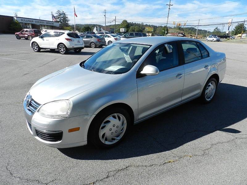 2007 VOLKSWAGEN JETTA 25 4DR SEDAN 25L I5 5M silver the front windshield is in excellent cond