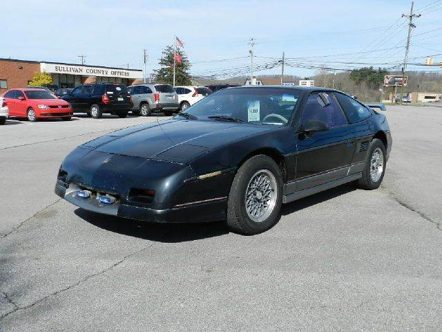 1987 PONTIAC FIERO GT 2DR COUPE black you wont find any electrical problems with this vehicle  t