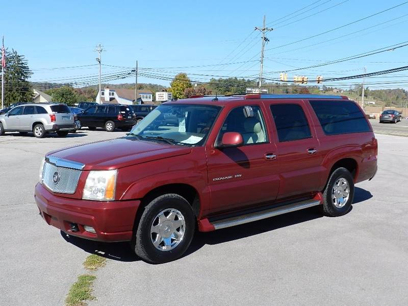 2004 CADILLAC ESCALADE ESV BASE burgundy the front windshield is in excellent condition  the pai
