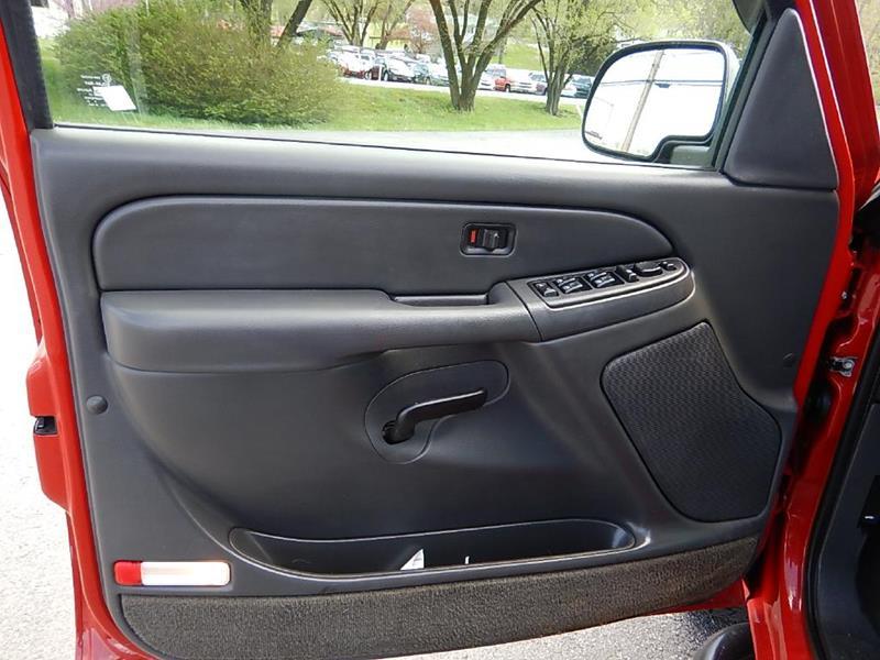 2005 Chevrolet Silverado 1500 for sale at Carl's Auto Incorporated in Blountville TN