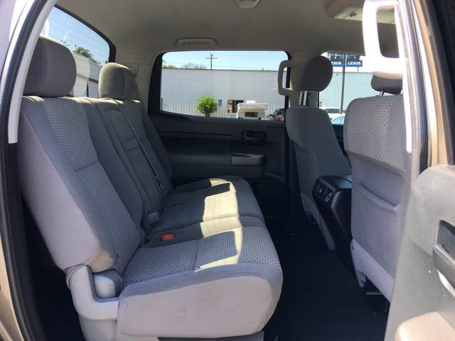 2012 Toyota Tundra 4x4 Grade 4dr CrewMax Cab Pickup SB (5.7L V8 FFV) - La Habra CA