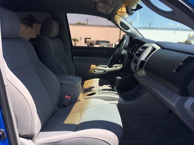 2006 Toyota Tacoma PreRunner V6 4dr Double Cab SB (4L V6 5A) - La Habra CA