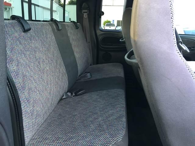 2001 Dodge Ram Pickup 1500 4dr Quad Cab SLT 2WD SB - La Habra CA