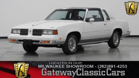 1988 Oldsmobile Cutlass Supreme for sale in Kenosha, WI