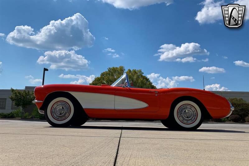 1957 Chevrolet Corvette (image 21)
