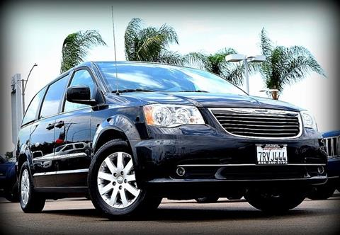 2016 Chrysler Town and Country for sale in El Cajon, CA
