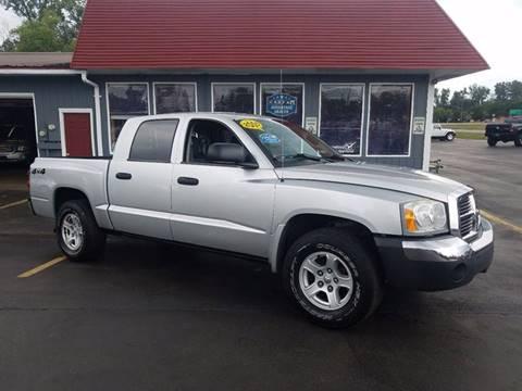 2005 Dodge Dakota for sale at Newcombs Auto Sales in Auburn Hills MI