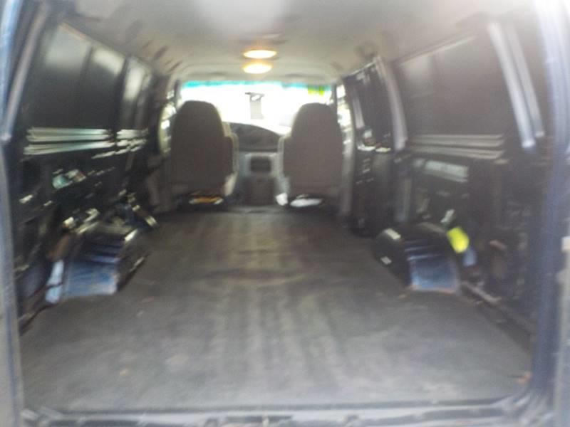 2006 Ford E-Series Cargo E-350 SD 3dr Extended Cargo Van - Auburn Hills MI