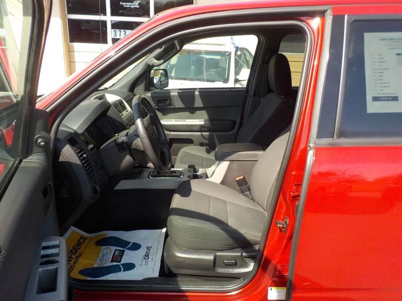 2010 Ford Escape AWD XLT 4dr SUV - Auburn Hills MI