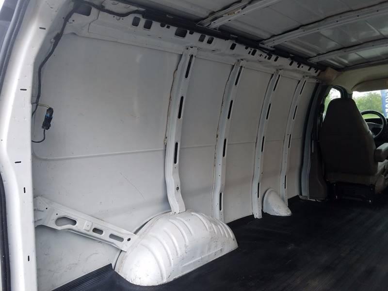 2006 Chevrolet Express Cargo 1500 3dr Van - Auburn Hills MI