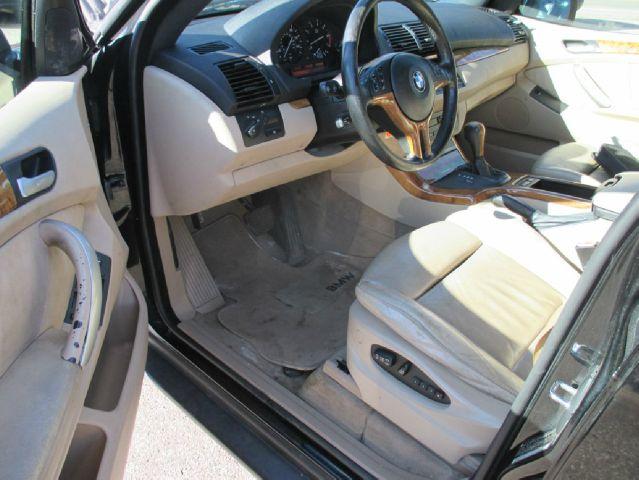 2001 BMW X5 AWD 4.4i 4dr SUV - Mound MN
