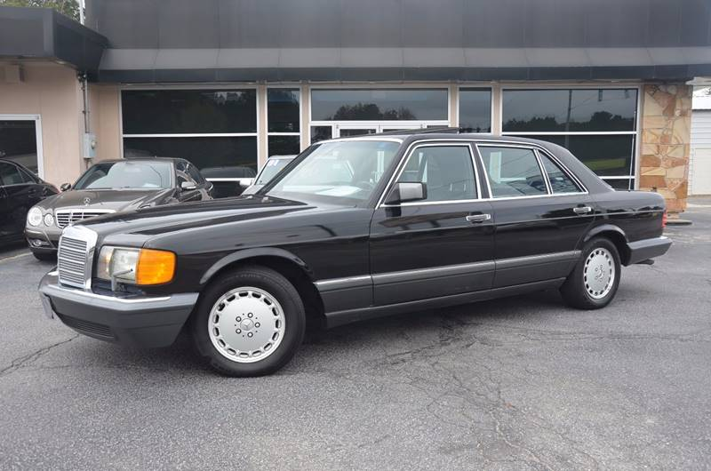 1991 Mercedes-Benz 560-Class for sale at Amyn Motors Inc. in Tucker GA