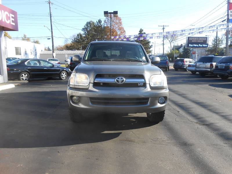 2006 Toyota Sequoia SR5 4dr SUV 4WD - Bedford OH