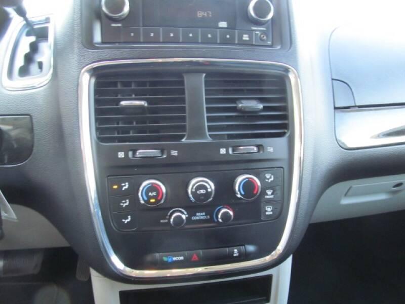 2017 Dodge Grand Caravan SE 4dr Mini-Van - Stanton MI
